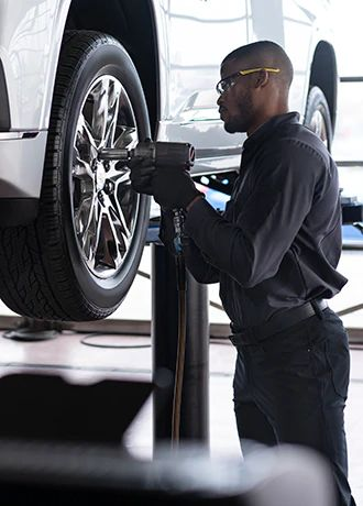 GET A $150 INSTANT DISCOUNT ON A SET OF NEW TIRES AT GM CANADA DEALERSHIPS WITH YOUR SCOTIABANK® GM® VISA CARD.